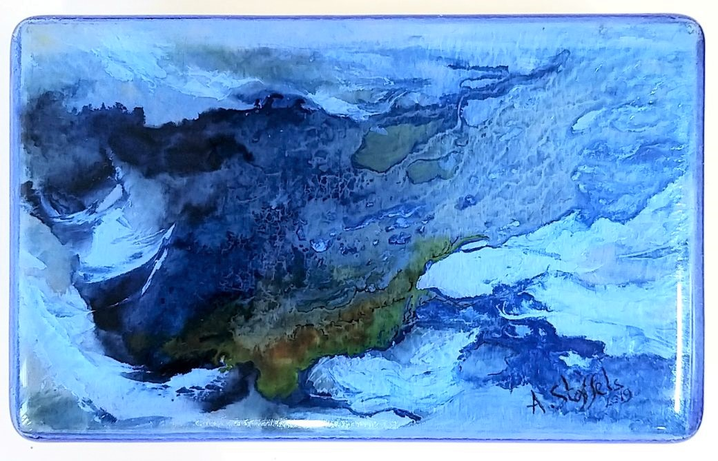 Vulnerable nature VIII, Olieverf en glas op paneel, 10 x 16.5 cm